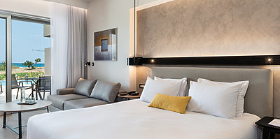 Classic Room Sharing Pool Sea View - Euphoria Resort