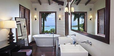 Hillside Pool Suite - Hermitage Bay