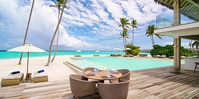 Poolbar - Baglioni Resort Maldives