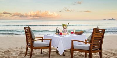 Romantic Dining - Anantara Maia Seychelles Villas