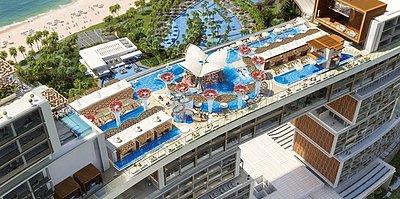 Sky Pool & Lounge - The Royal Atlantis Resort