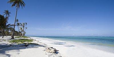 Strand - Baraza Resort & Spa