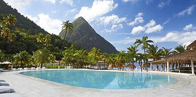 Pool - Sugar Beach, A Viceroy Resort