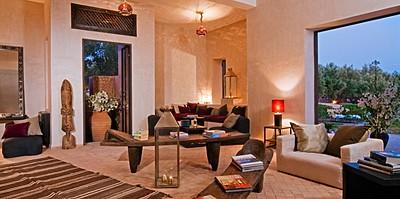 The Capaldi Hotel - Bibliothek