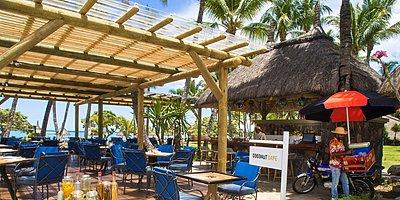Cafe Coconut - La Pirogue