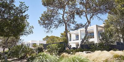 Ibizan Village Suiten - Seven Pines Resort Ibiza