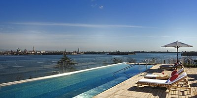 JW Marriott Venice Resort & Spa - Pool auf der Dachterrasse