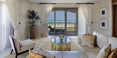 Ocean Suite Wohnbereich - The St. Regis Saadiyat Island Resort