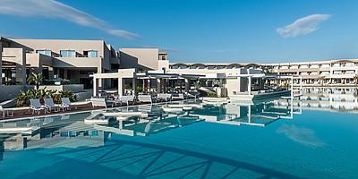 Pool - Euphoria Resort