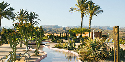 Sonnendeck - Salobre Hotel Resort & Serenity