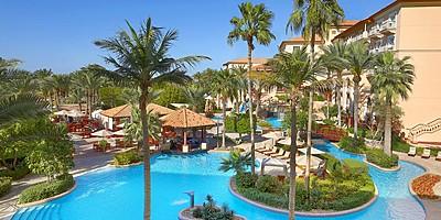 Traumhafte Pool- und Gartenanlage