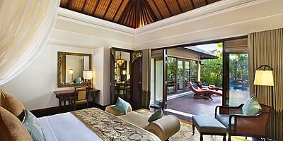 St. Regis Lagoon Villa Schlafzimmer - The St. Regis Bali Resort