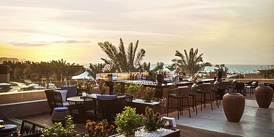 Turtle Bay Bar & Grill Dachterrasse