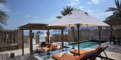 Wohnbeispiel Beachfront Pool Villa Suite - Six Senses Zighy Bay