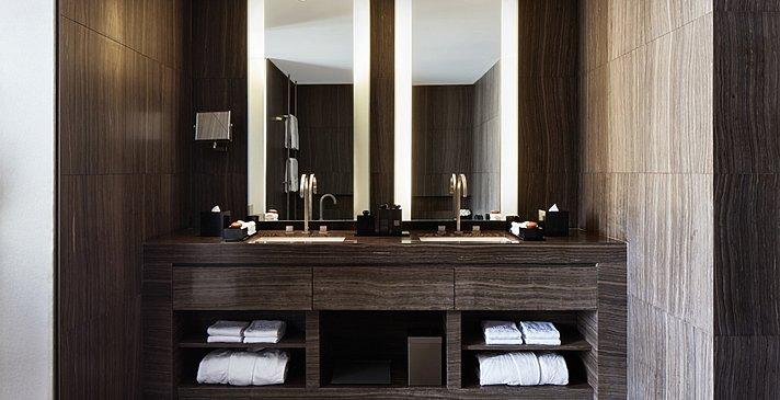 Armani Fountain Suite Badezimmer - Armani Hotel Dubai
