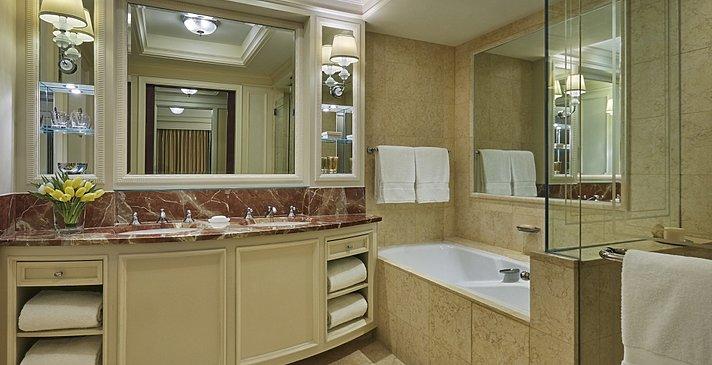 Badezimmer Deluxe Room - Four Seasons Doha