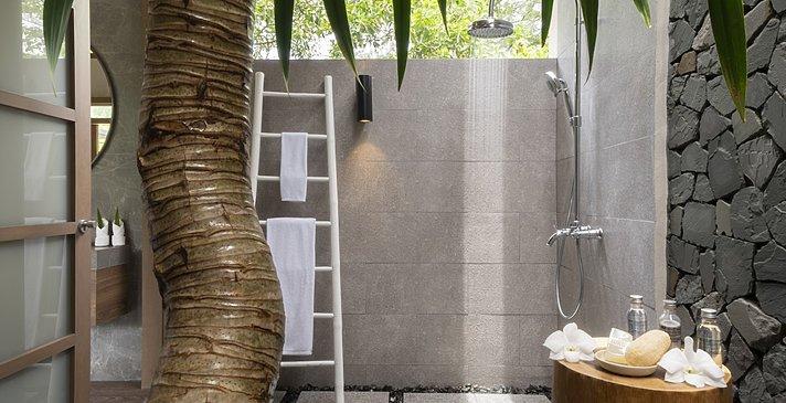 Badezimmer Jacuzzi Pool Suite