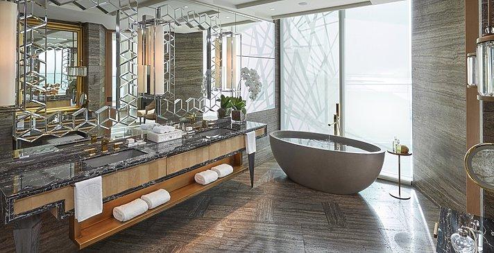 Badezimmer Mandarin Sea Front Suite