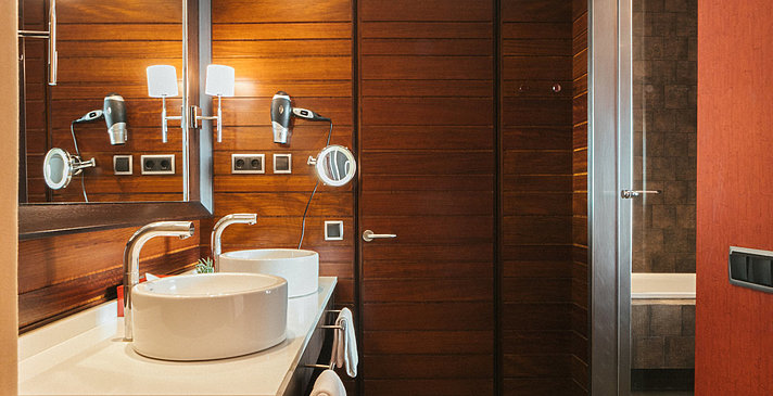 Badezimmer - Salobre Hotel Resort & Serenity