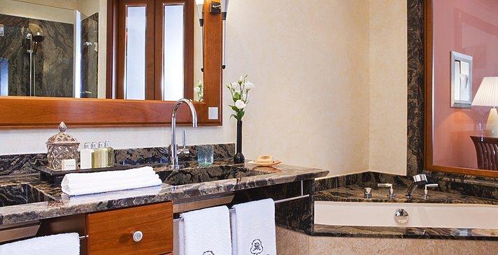 Badezimmer - The St. Regis Mardavall Mallorca Resort
