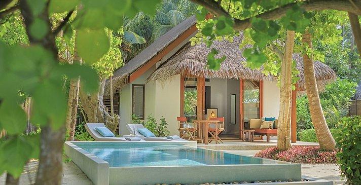 Beach Deluxe Villa mit Pool - Dusit Thani Maldives