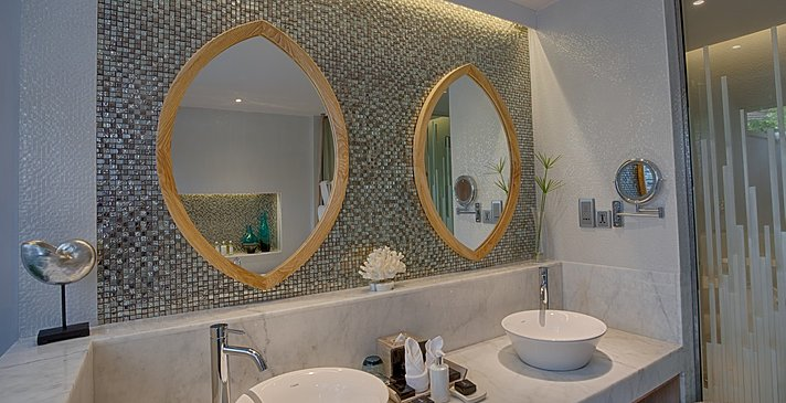 Beach Suite (mit Pool) Badezimmer - Lily Beach Resort & Spa