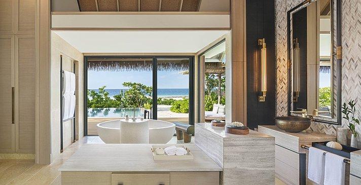 Beach Villa mit Pool Badezimmer - Waldorf Astoria Maldives Ithaafushi