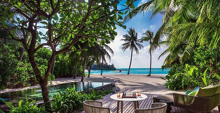 Beach Villa mit Pool - One&Only Reethi Rah