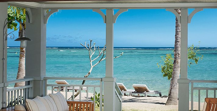Beachfront Junior Suite - The St. Regis Mauritius Resort