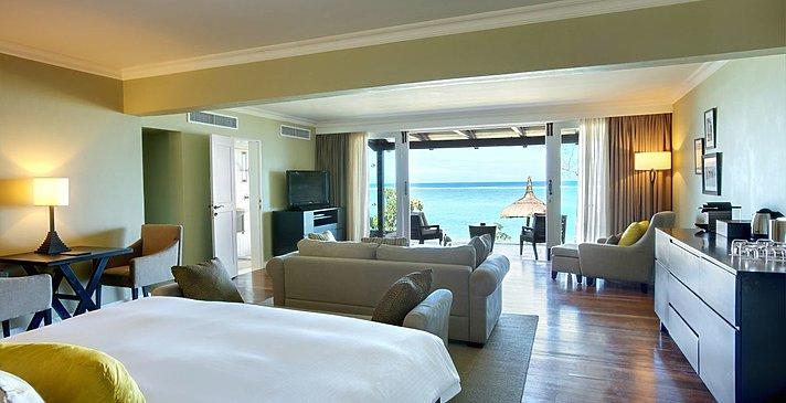Beachfront Senior Suite - Outrigger Mauritius Beach Resort