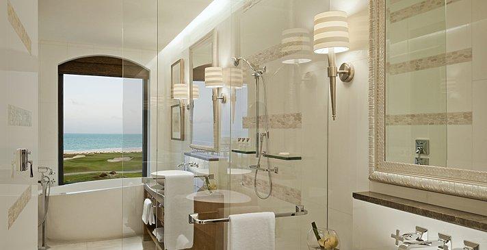 Beispiel eines Superior und Premium Badezimmers - The St. Regis Saadiyat Island Resort