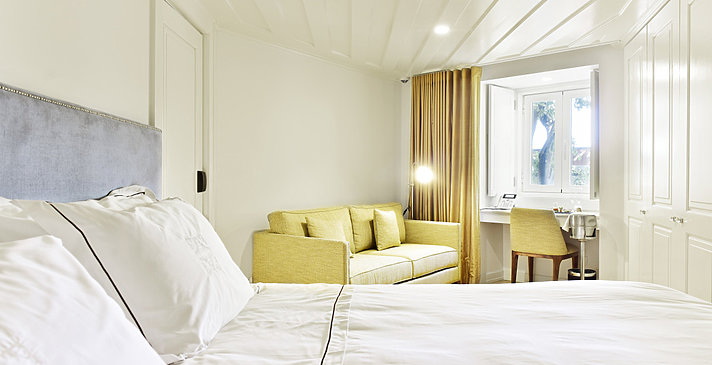 Classic Alfama Bedroom - Santiago de Alfama