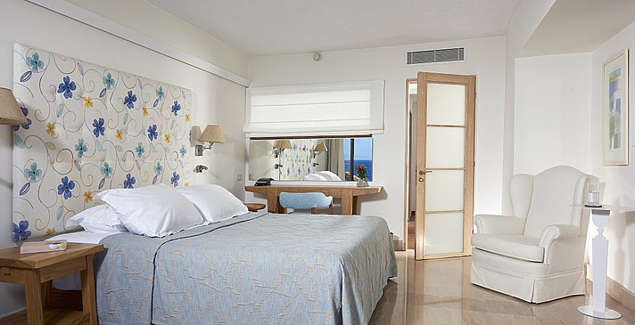 Classic Suite Sea View - St. Nicolas Bay Resort Hotel & Villas