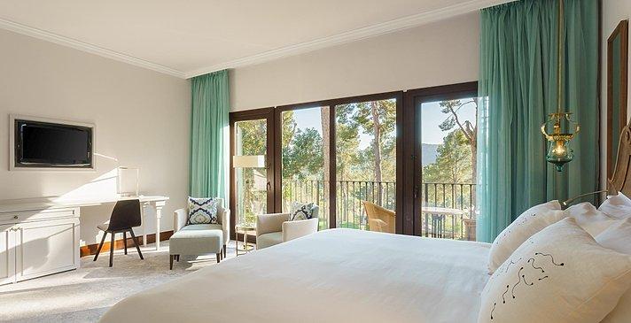 Classic Terrace Room - Castillo Hotel Son Vida