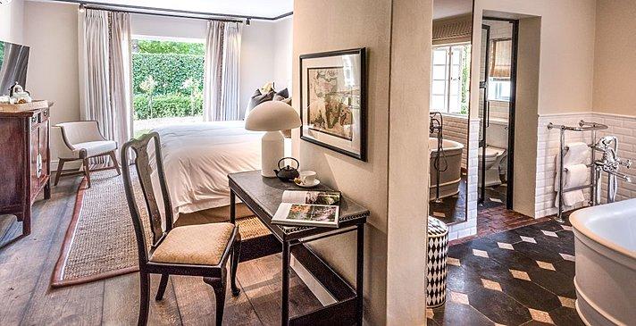 Courtyard Room - La Cle Lodge -La Clé des Montagnes