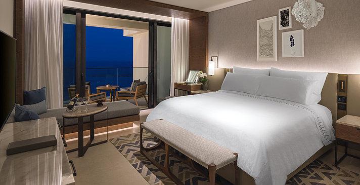 Deluxe Bedroom - Amara