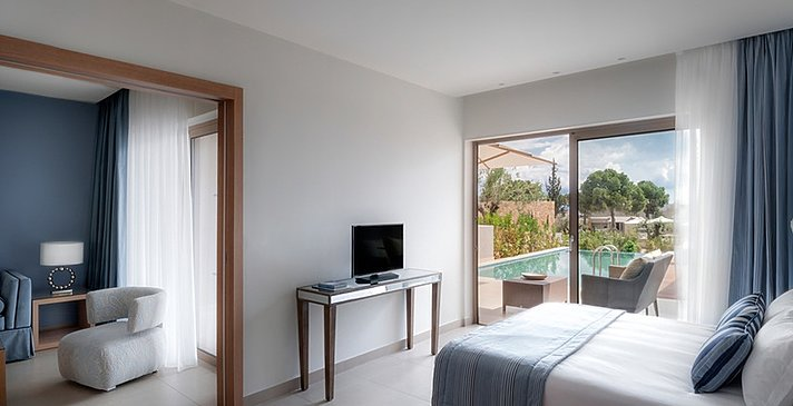 Deluxe One Bedroom Bungalow Suite Private Pool - Ikos Olivia