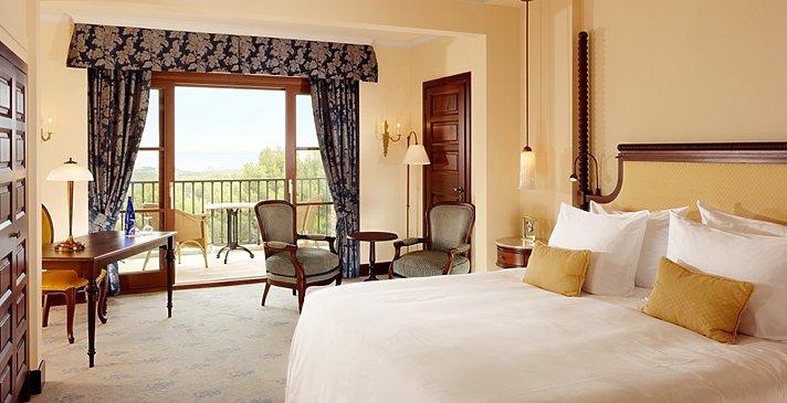 Deluxe Room - Castillo Hotel Son Vida