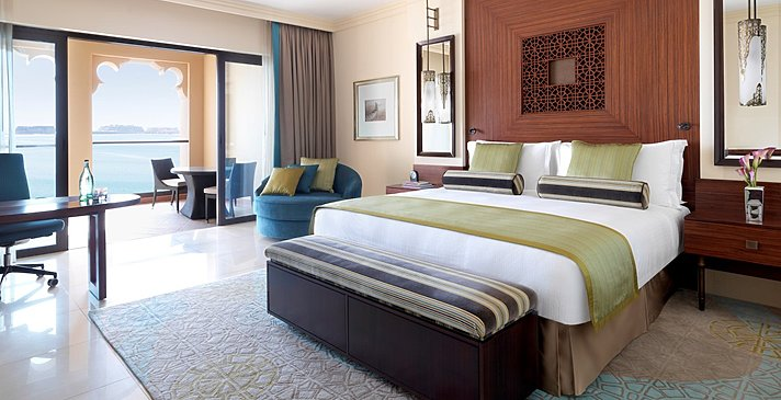 Deluxe Grand Family / Palm Sea View Room