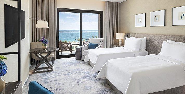 Deluxe Room Ocean View (Twin)
