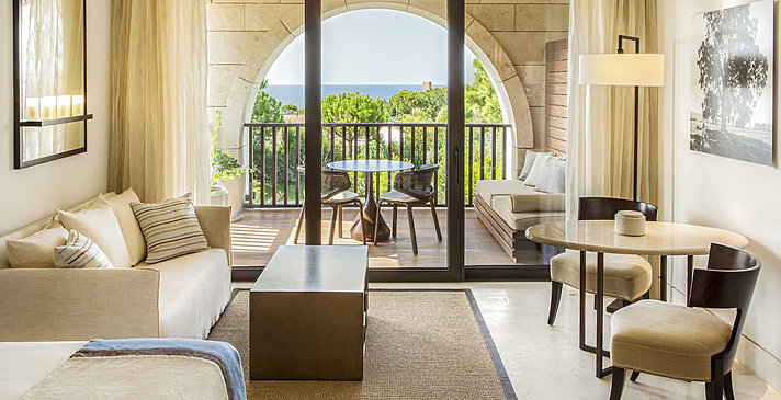 Deluxe Room Sea View - The Romanos, a Luxury Collection Resort