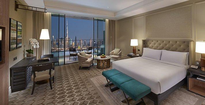 (Club) Deluxe Skyline View - Mandarin Oriental Dubai