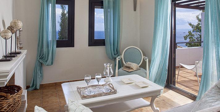 Deluxe Suite - Aegean Suites