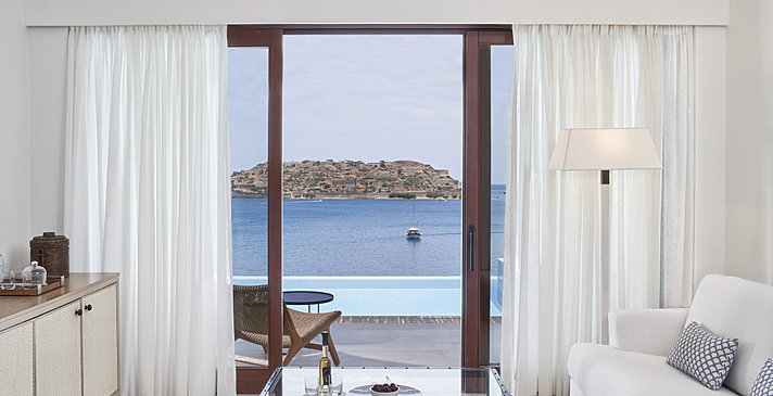 Deluxe Suite Sea View Private Pool - Blue Palace, A Luxury Collection Resort & Spa