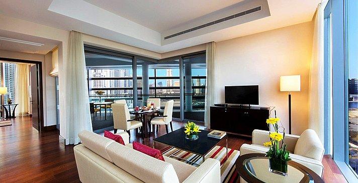 Deluxe Suite Wohnzimmer - The Oberoi, Dubai