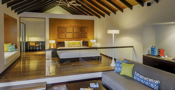 Deluxe Villa mit Pool - Velassaru