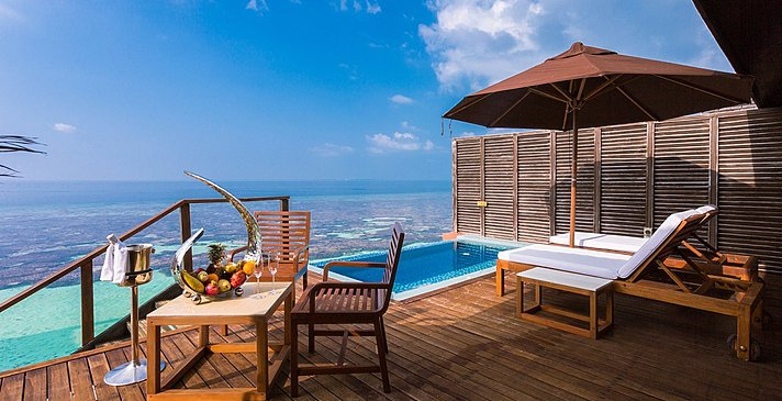 Deluxe Water Villa - Lily Beach Resort & Spa