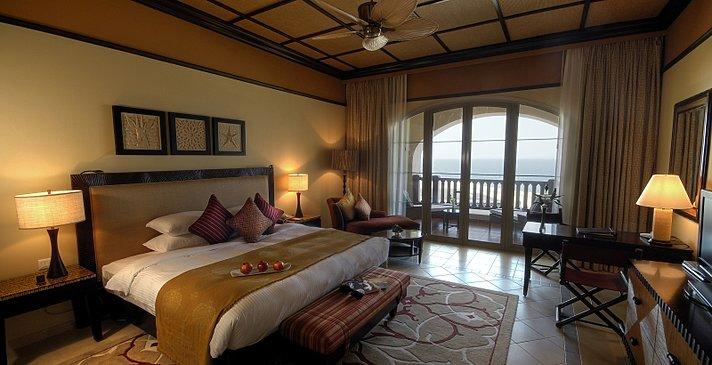 Deluxe Sea View - Desert Islands Resort & Spa by Anantara