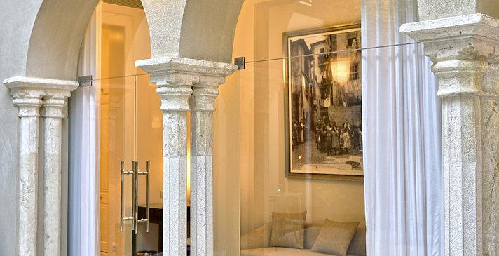 Dlexue Suite Innenhof - Santiago de Alfama