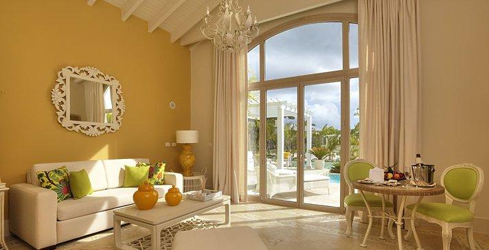 Luxury Pool One Bedroom Suite - Eden Roc at Cap Cana